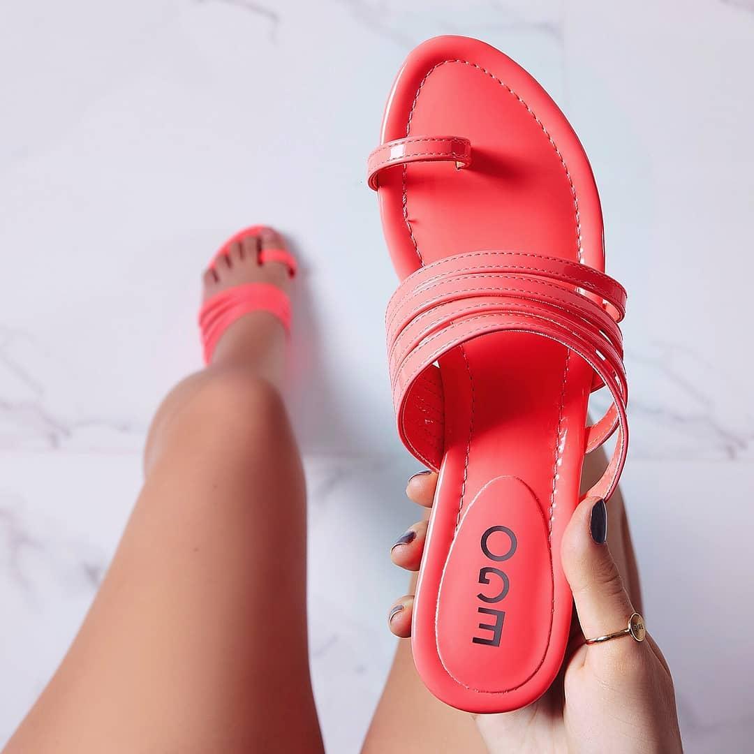 Dax Toe Strap Flat Sandal In Pink Patent