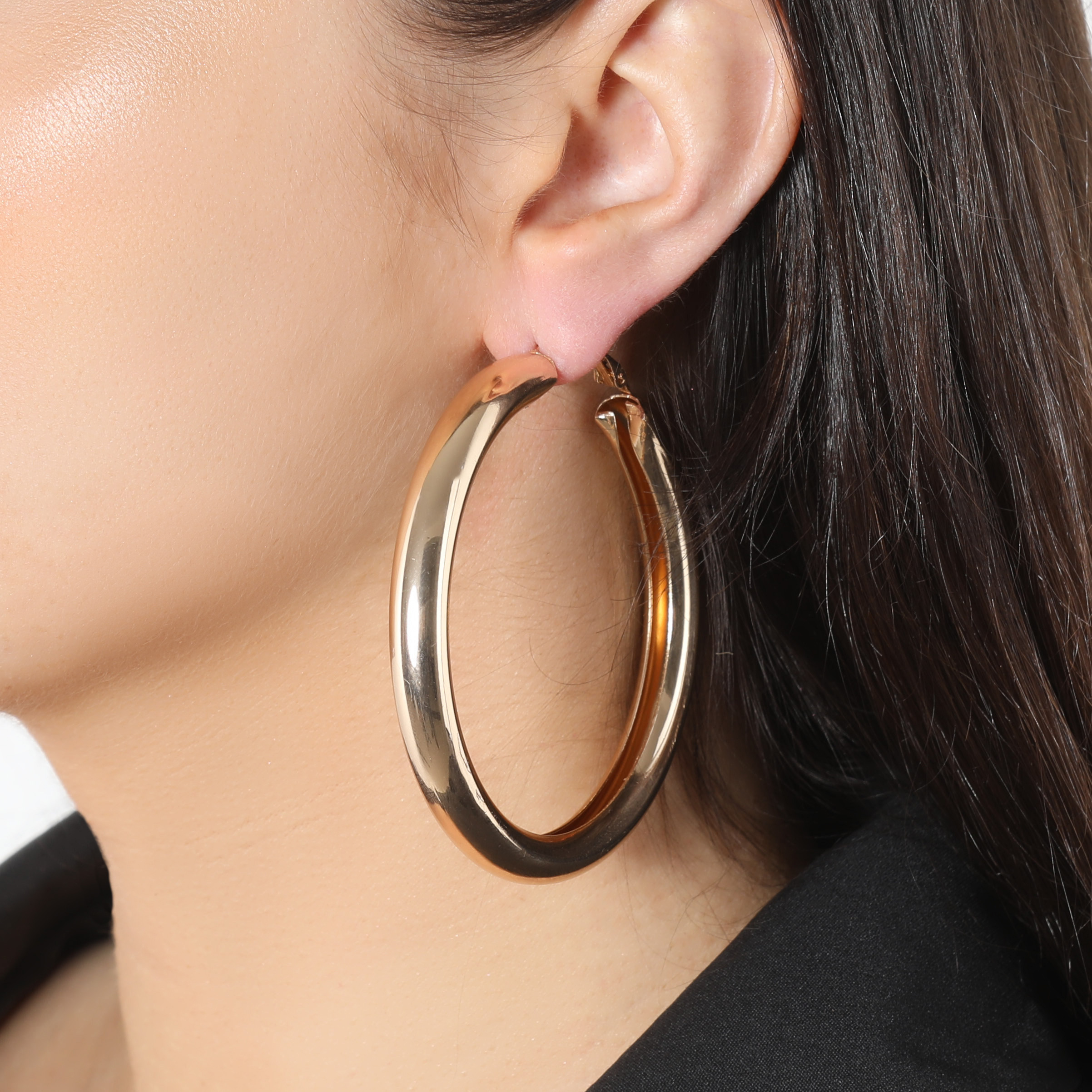Small Hoop Earrings In Gold