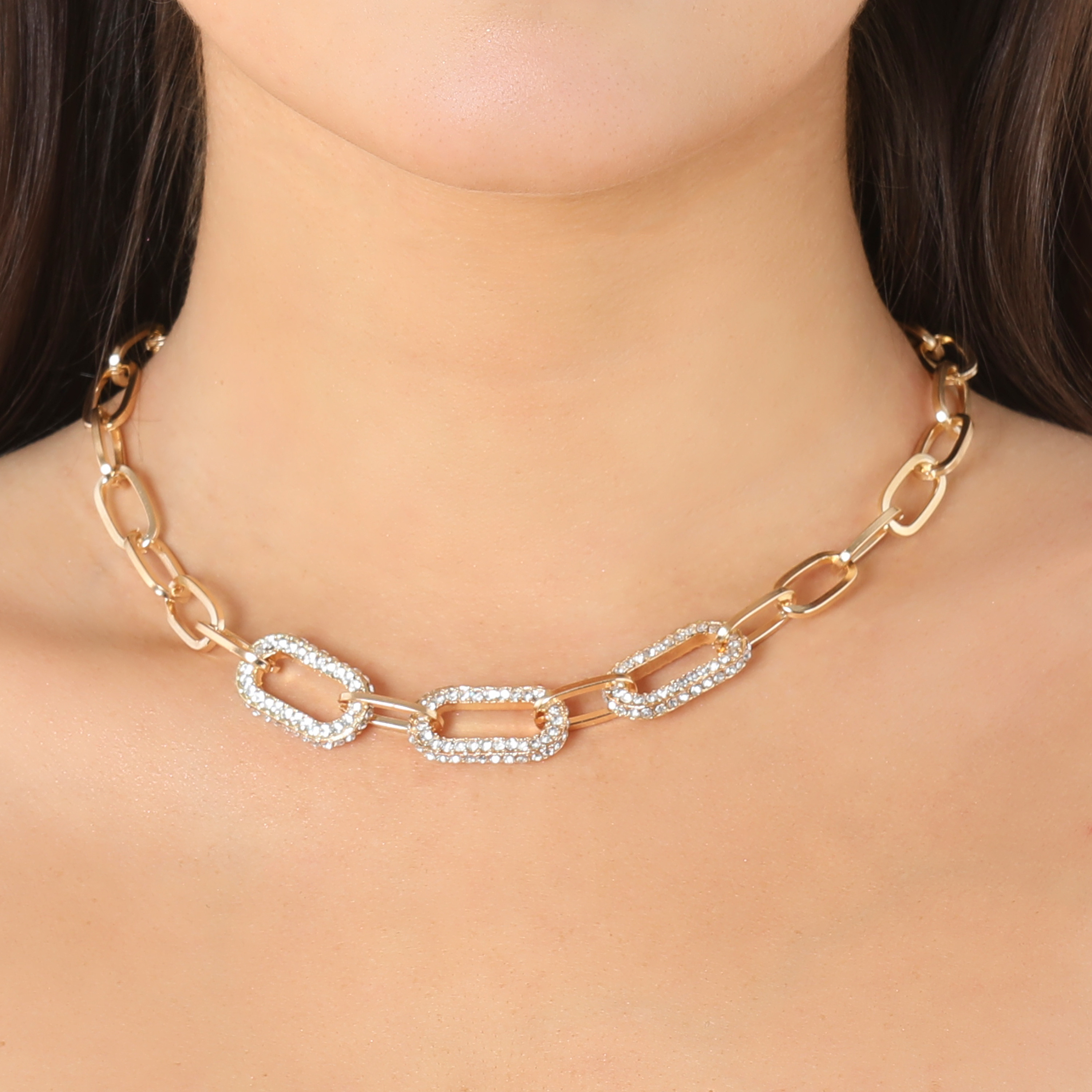 Diamante Detail Chunky Chain Necklace In Gold
