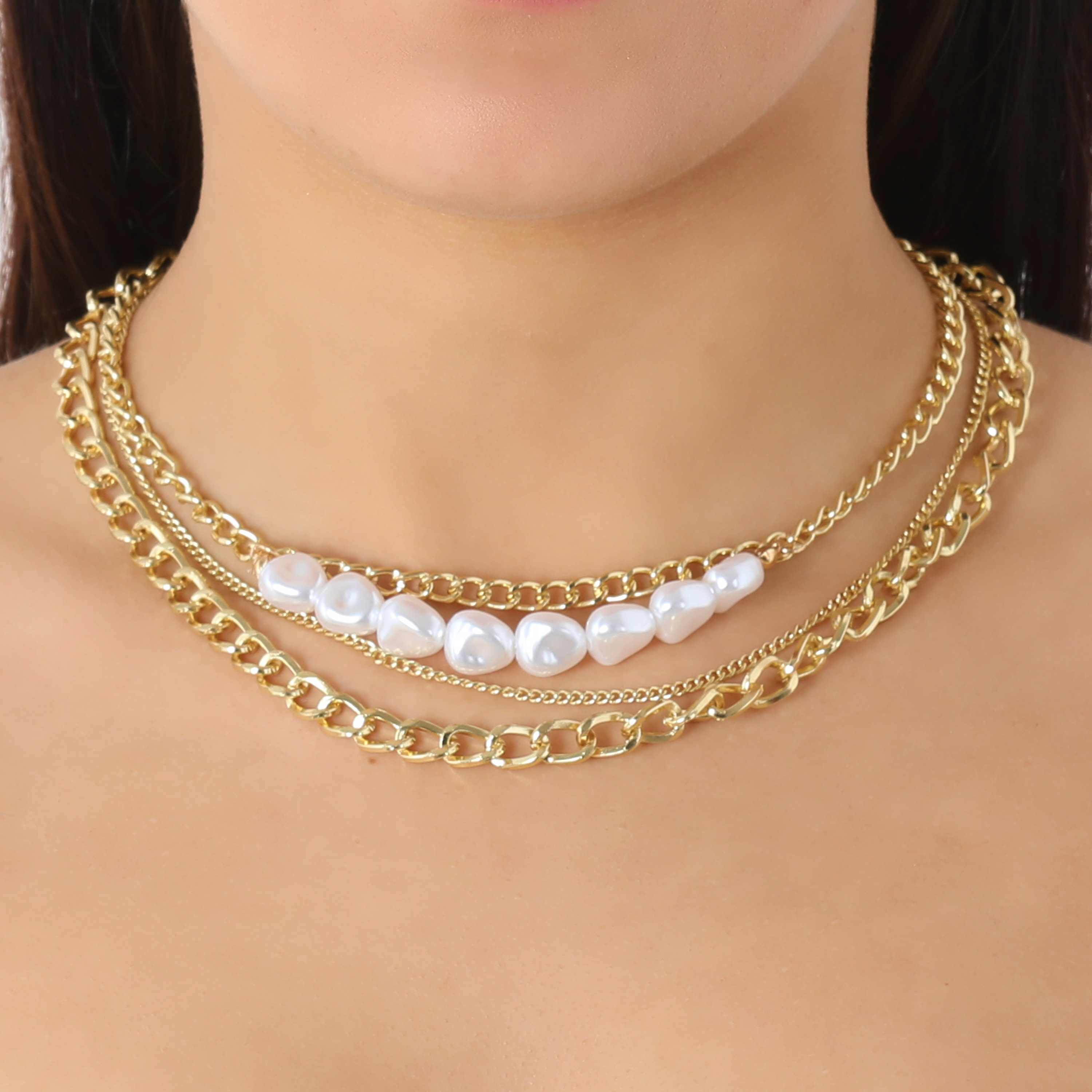 Layered Chain And Pearl Detail Necklace In Gold
