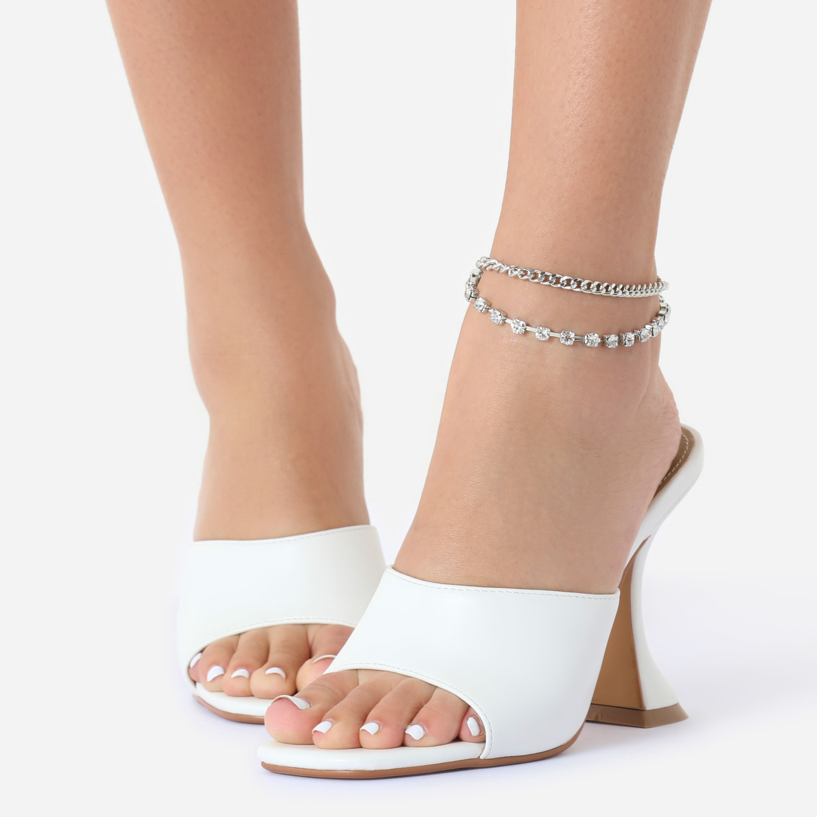 Gem Detail Chunky Chain Anklet In Silver