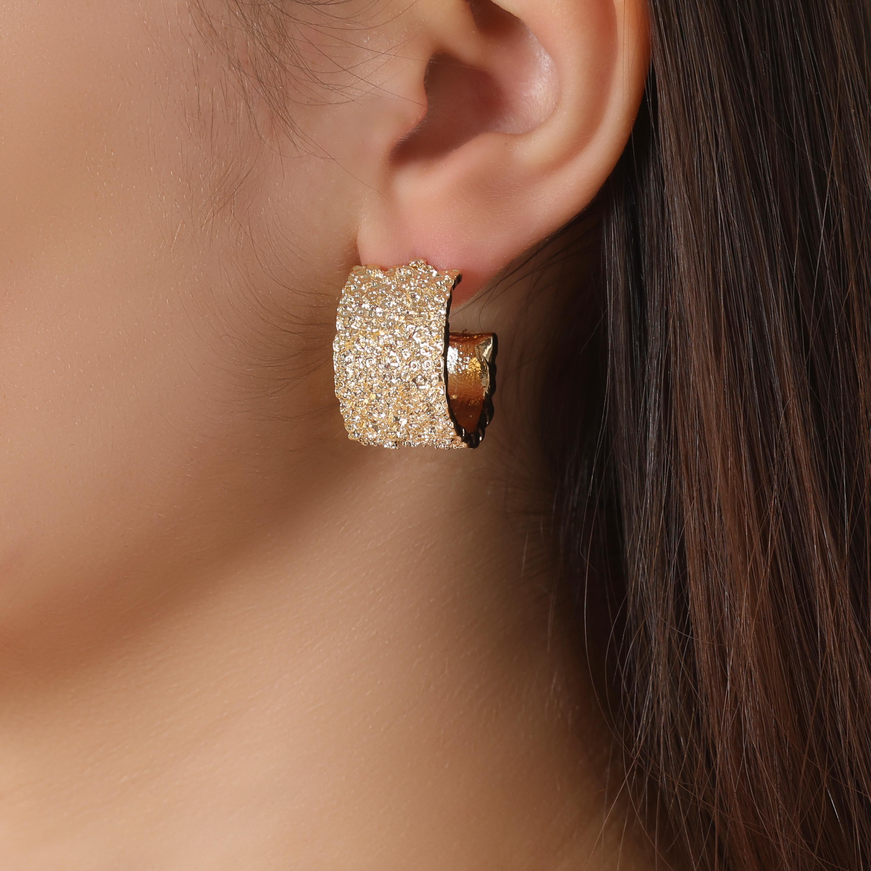 Textured Chunky Hoop Earrings In Gold